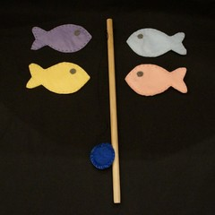Felt magnetic fishing game