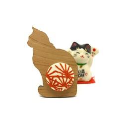 Kimono Cat Brooch - Rusty Flowers