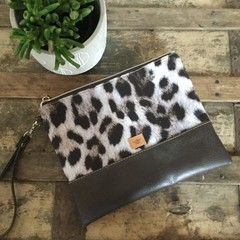 Flat Clutch - Animal Print/Dk Brown