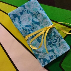 Crochet Hook Handy Wrap-Teal/green Floral Print
