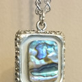 SHELL PENDANT With Silver Coloured Chain