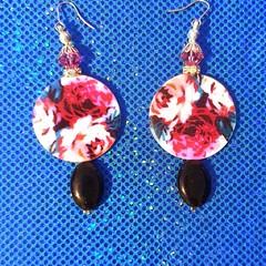 Beautiful round earrings
