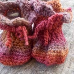 crochet baby boots. wool/soy yarn 13-14cm foot