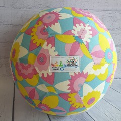 Balloon Ball: Flowers in Blue, Yellow, Pink White. Retro