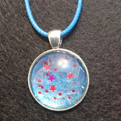 MARBLED ROUND PENDANT - nail polish marbling under a glass cabachon