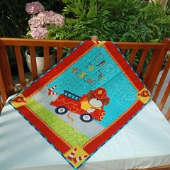 NO. 5 - FIRE ENGINE QUILT/PLAY MAT    97CMS X 80CMS