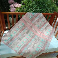 No 95 - PINK & BROWN JELLY ROLL QUILT 116CMS X 97CMS