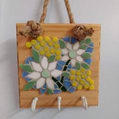 Flannel Flower Mosaic Key Holder