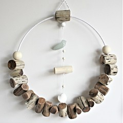 30cm driftwood wreath wall art with seaglass detail
