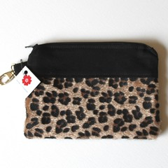 Animal print and black fabric ladies clutch purse
