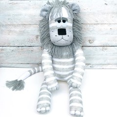 'Lincoln' the Sock Lion - grey and white stripes - *READY TO POST*