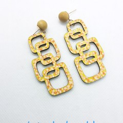 Interlock gold