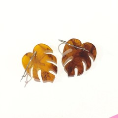 Tortoiseshell monstera hoop dangles
