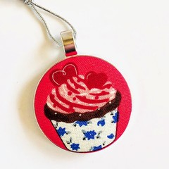 Cupcake Christmas Ornament - Chocolate Raspberry