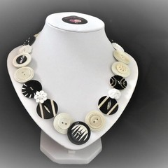 Vintage button necklace -  Ebony and Ivory