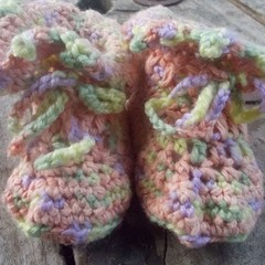 "crochet baby boots ""giggle feet"" style. cotton and acrylic peach and pastels"