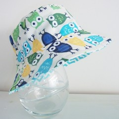 Boys summer hat in owl fabric