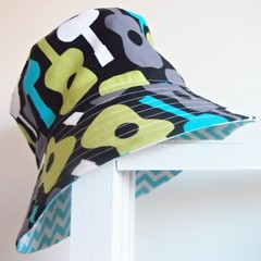 Boys summer hat in guitar fabric
