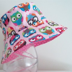 Girls wide brim summer hat in owl fabric