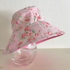 Girls wide brim summer hat in floral fabric