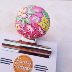 Pink Flower Garden Magnetic Bulldog Clip