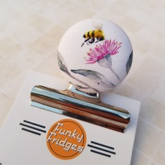 Busy Bee Magnetic Bulldog Clip