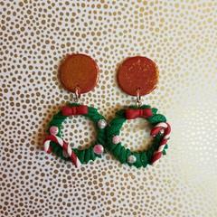 Christmas wreath dangle earings small
