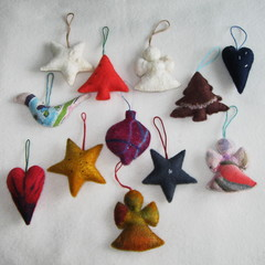 12 Felted Christmas Decorations #41