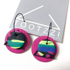 """Lets Go Disco"" 5-way Texture Hoops - Magenta + Triangle"