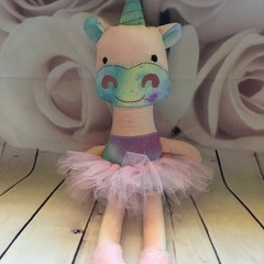 Unicorn -Small (READY TO POST)