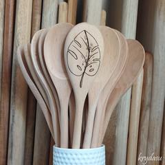 Wood Burnt Monstera Leaf Wooden Spoon