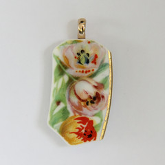 Tulips Royal Doulton Pendant