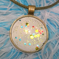 SPARKLY ROUND PENDANT - Enamel Under a Glass Cabachon