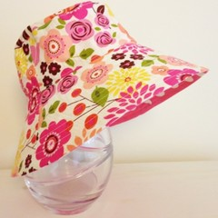 Girls summer hat in large floral fabric