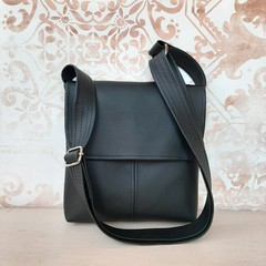 PU vegan Leather crossbody handbag in Ink Black