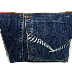 Denim Zipper bag, Upcycled Jeans Pencil Case, Embroidered Make-up pouch