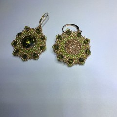 Green & Gold. Swarovski beaded earrings