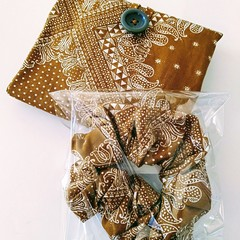 foldable eco bag + scrunchie set / BEIGE - Bandana / gift for her / gift