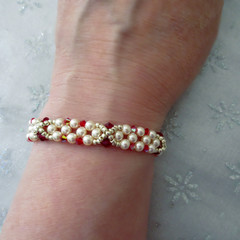 Swarovski Pearl and Crystal Bracelet