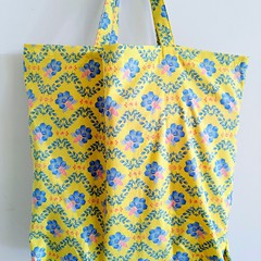 Foldable eco bag / YELLOW - BEE & HONEYCOMB