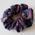 Scrunchie / NAVY - flower