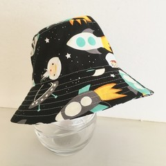 Boys summer hat in space fabric