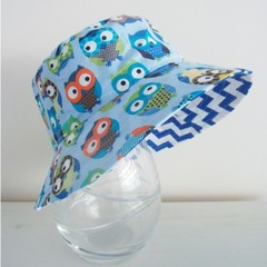 Boys summer hat in blue owls fabric