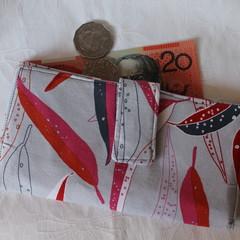 Gum leaf wallet
