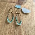 Waved circle stud earrings
