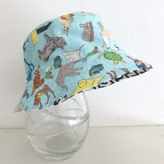 Boys summer hat in animals fabric