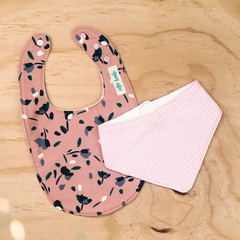 Set of 2 Bibs - Dusty Pink - Floral - Cotton - Baby Girl - Spots - Bandanna bib