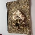Large zipper pouch