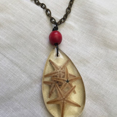 Antique looking resin starfish pendant necklace