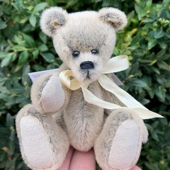 Fawny - a miniature teddy bear, adult collectible, soft Sassy fur